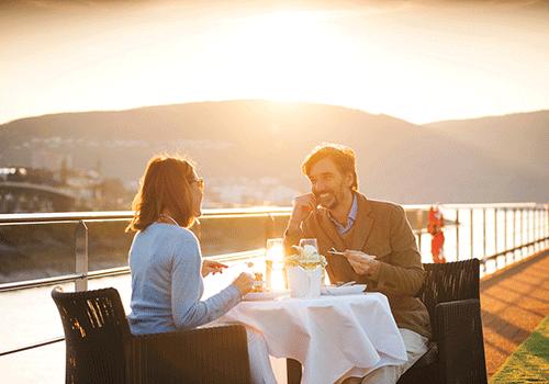 romance-sundeck-scenic-river-cruise-fun